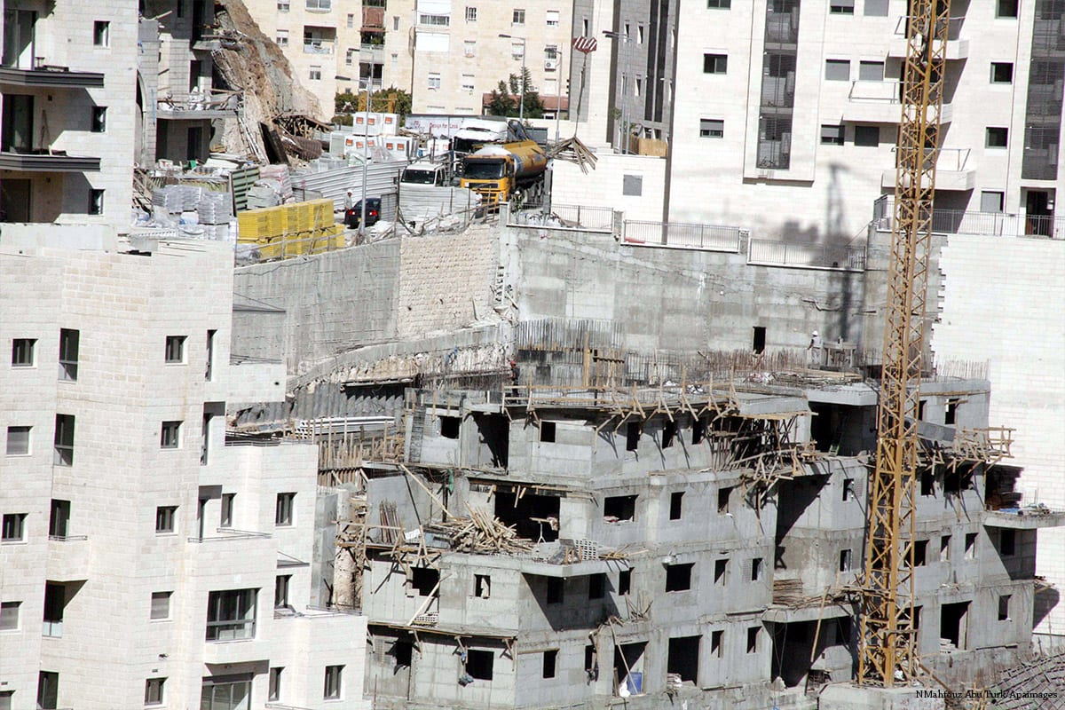 Image of construction work after Israel approved to construct new settlement units in the West Bank [Mahfouz Abu Turk/Apaimages]