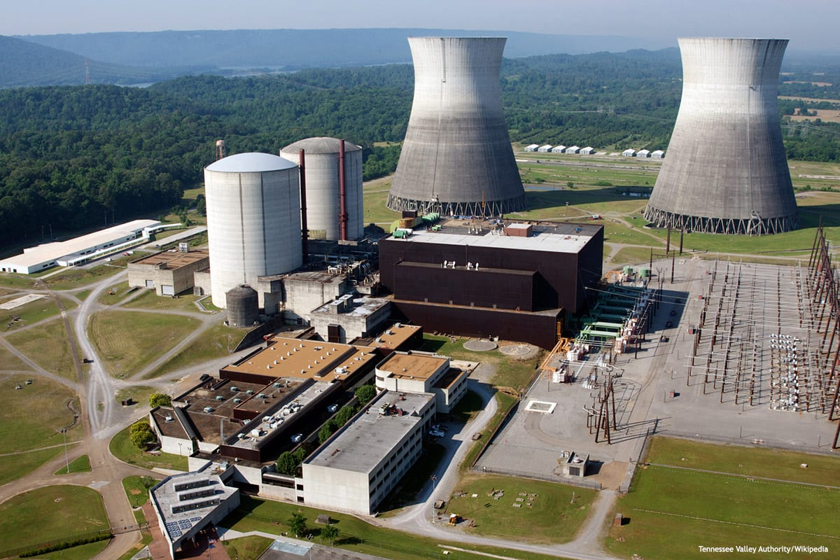 Image of a nuclear power plant [Tennessee Valley Authority/Wikipedia]
