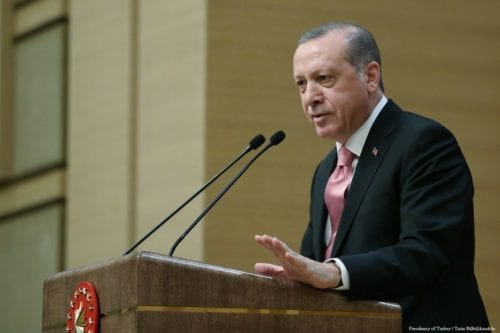 Turkish President Recep Tayyip Erdogan delivers a speech during a meeting at Presidential Complex in Ankara, Turkey on 8 February 2017 [Presidency of Turkey / Yasin Bülbül/Anadolu Agency]
