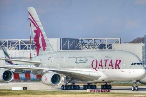 Image of Qatar airways planes [GlynLowe/Flickr]