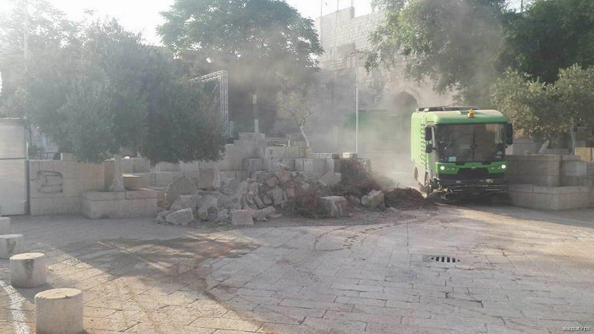 Jew Detector: Israel Removes Metal Detectors From Al-Aqsa, Replaces With