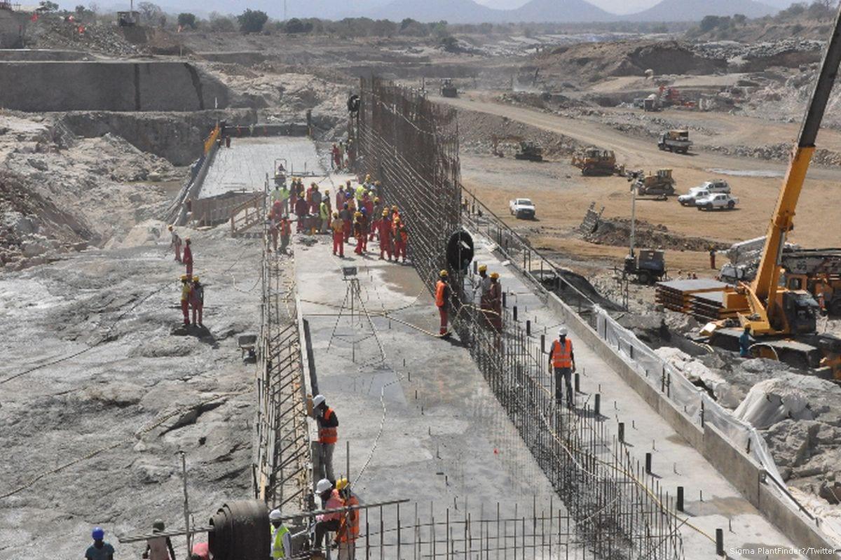 Construction work on the Renaissance Dam in Ethiopia on 21 August 2015 [Sigma PlantFinder/Twitter]