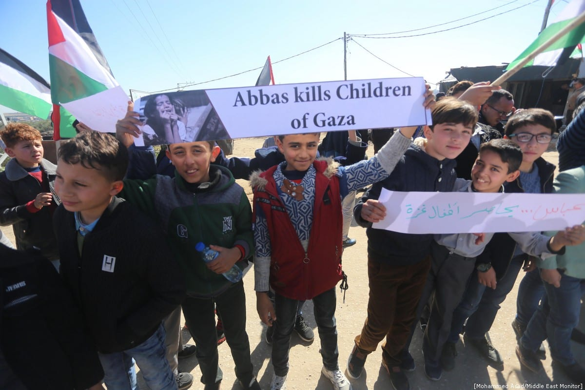 Palestinian orphans protest against Israel's 12-year blockade on Gaza strip, Gaza on 2 February 2019 - [Mohammed Asad/Middle East Monitor]
