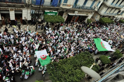 Thousands of students, doctors and civil servants stage a protest to demand President Abdelaziz Bouteflika step from power, in front of Central Post Office Square in Algiers, Algeria on 19 March 2019. [Farouk Batiche - Anadolu Agency]