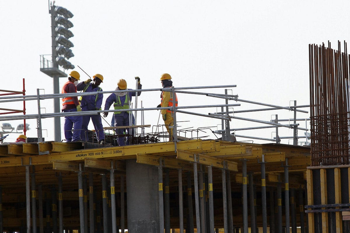 Migrant labourers work at a construction site at Aspire Zone in Doha, Qatar, 26 March 2016. [REUTERS/Naseem Zeitoon]