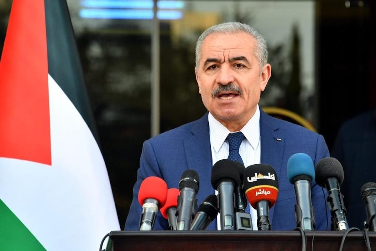 Palestinian Prime Minister Mohammad Shtayyeh holds a press conference regarding measures taken against coronavirus (Covid-19) pandemic in Ramallah, West Bank on April 13, 2020. [Palestinian Prime Ministry / Handout - Anadolu Agency]