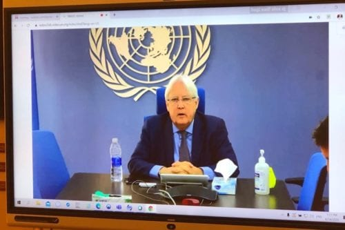 The United Nations envoy to Yemen, Martin Griffiths will hold a virtual meeting between the internationally-recognised government and the Houthi group to discuss resuming the peace process [@MofaOman/Twitter]
