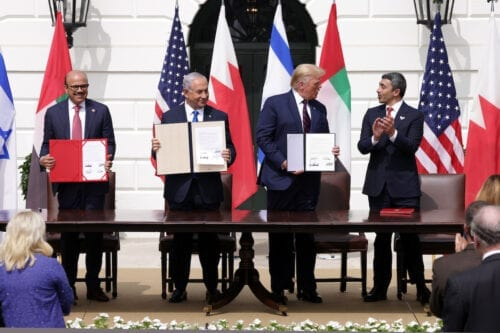 Foreign Affairs Minister of Bahrain Abdullatif bin Rashid Al Zayani, Prime Minister of Israel Benjamin Netanyahu, U.S. President Donald Trump, and Foreign Affairs Minister of the United Arab Emirates Abdullah bin Zayed bin Sultan Al Nahyan participate in the signing ceremony of the Abraham Accords on the South Lawn of the White House on September 15, 2020 in Washington, DC. [Alex Wong/Getty Images]