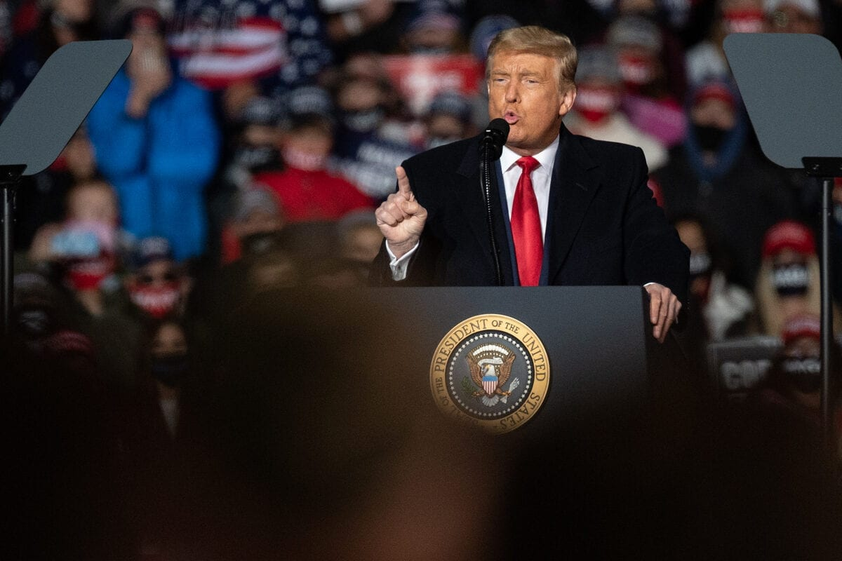 US President Donald Trump speaks during a Make America Great Again campaign rally at the Erie International Airport on Wednesday, Oct. 21, 2020 in Erie, PA [Noah Riffe/Anadolu Agency]