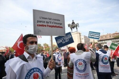 Protest against President of France Emmanuel Macron over his anti-Islam remarks in Istanbul, Turkey on 27 October 2020 [Doğukan Keskinkılıç/Anadolu Agency]