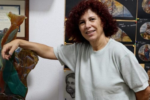 Thumbnail - Stain glass artist Maya Husseini to rebuild entire life's work after Beirut blast