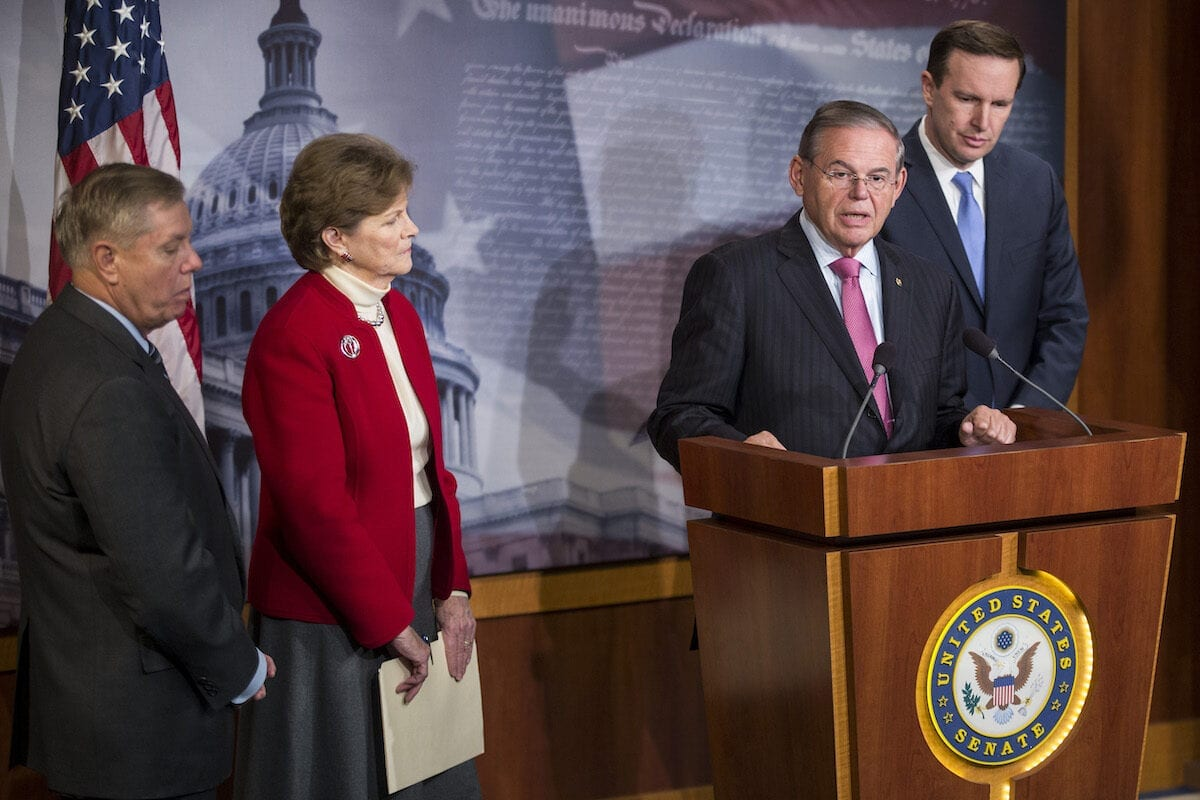 Sen. Bob Menendez (D-NJ), Sen. Lindsey Graham (R-SC), Sen. Jeanne Shaheen (D-NH), and Sen. Chris Murphy (D-CT) during a news conference discussing discuss a resolution to end US military support for Saudi Arabia's war with Yemen on Capitol Hill on 12 December 2018 in Washington, DC. [Zach Gibson/Getty Images]